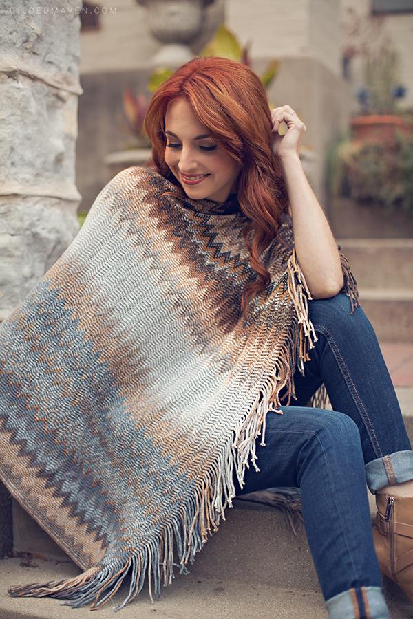 <3 Fall Fashion  - Cozy Zig Zag Poncho on gildedmaven.com