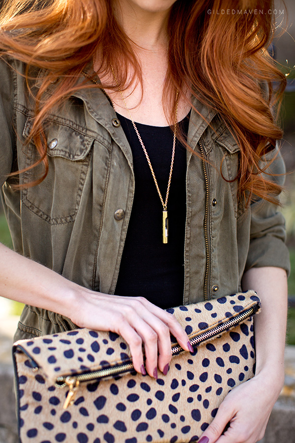 The best green army jacket and that leopard Clutch! Love this outfit!