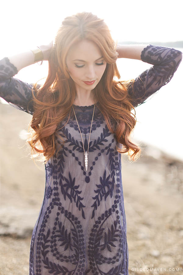 That dress and necklace! Love!