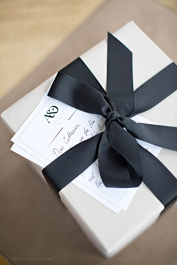 Ames & Oates is the best gifting company EVER! They have super chic gifts for girls AND guys on every budget. They even include handwritten letters and gorgeous gift wrapping! You HAVE to check them out!